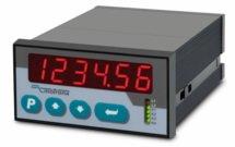 Indicador SSI duplo de 6 dígitos com saída analógica IA340