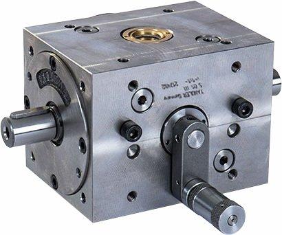 Caixa de engrenagem com alavanca para inversão da direção do eixo de saída da Tandler GmbH